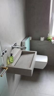 Mast-Bad-Keramik-Toilette-Seite