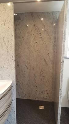 Mast-Naturstein-Bad-Granit